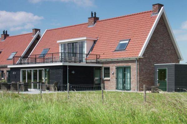 Luxe Beveland in Colijnsplaat - Zeeland - Nederland - 12 personen - tuin