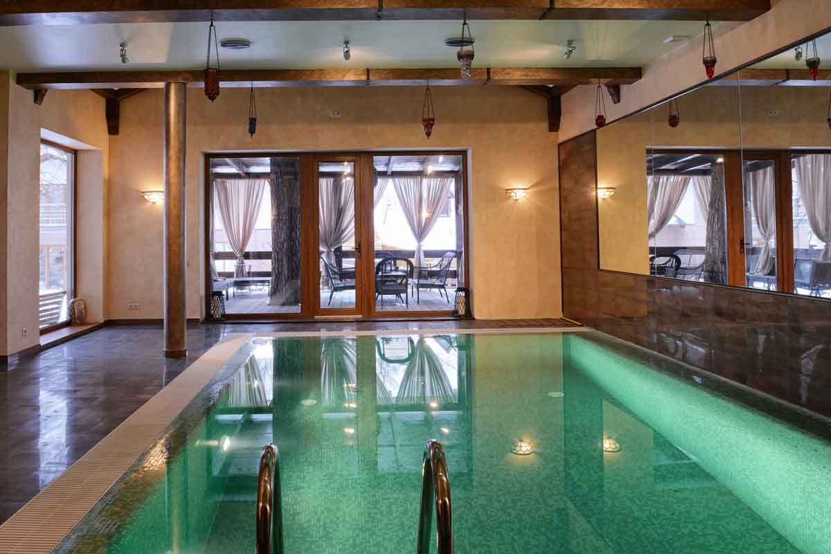 vakantiehuis met binnenzwembad nederland