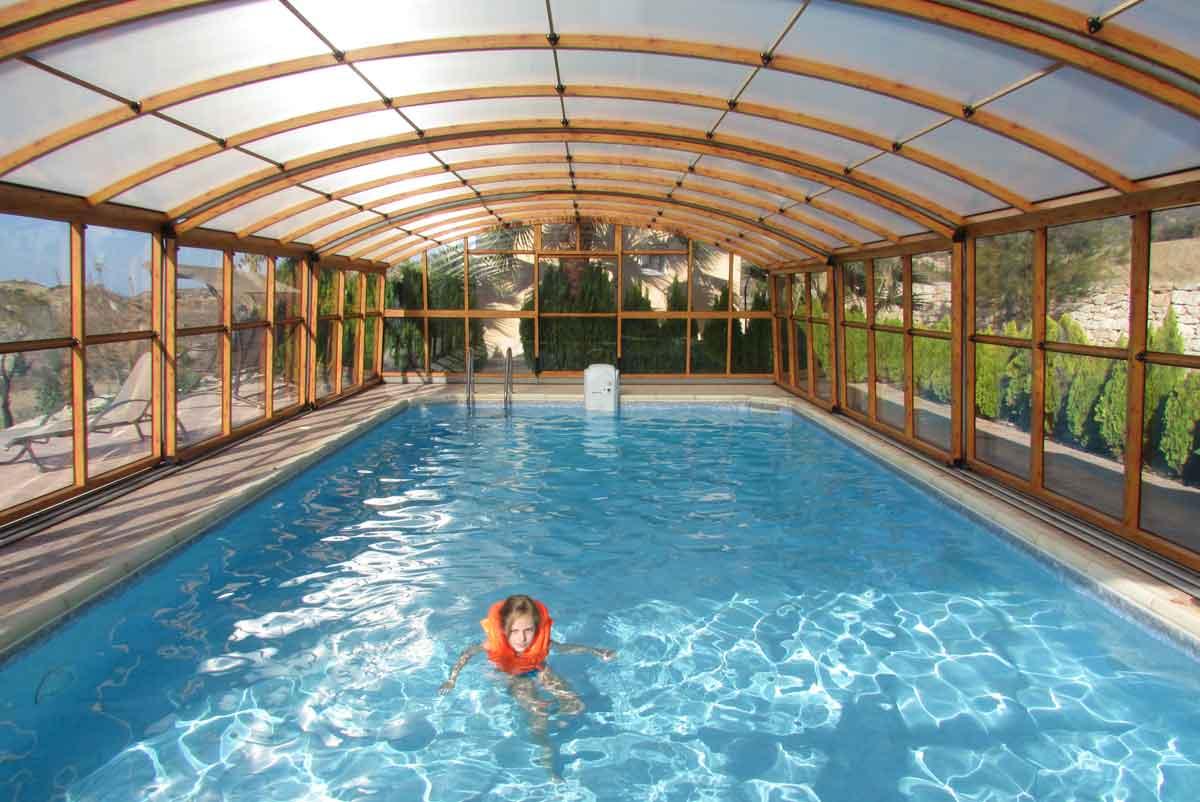 vakantiehuis overdekt zwembad