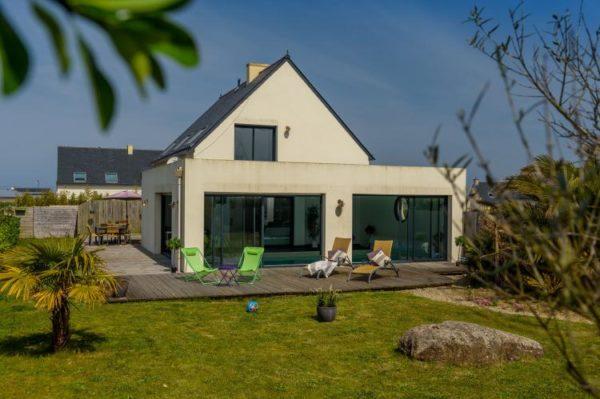 Villa Azur in Plounéour - Bretagne - Frankrijk - 8 personen - buiten