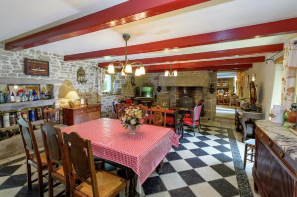 Kergallic in Plounéour-Trez - Frankrijk - Bretagne - 8 personen - woonkamer
