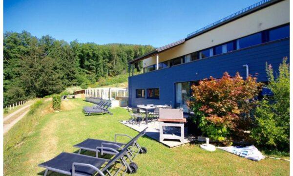 Natuurhuisje in Stavelot coo 43111 - België - Luik - 26 personen - huis