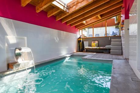 Maison avec piscine intérieure in Espere - Midi-Pyreneeën - Frankrijk - 8 personen